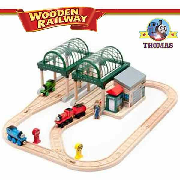 talking thomas and friends wooden railway train set at knapford station thomas james and percy. Black Bedroom Furniture Sets. Home Design Ideas