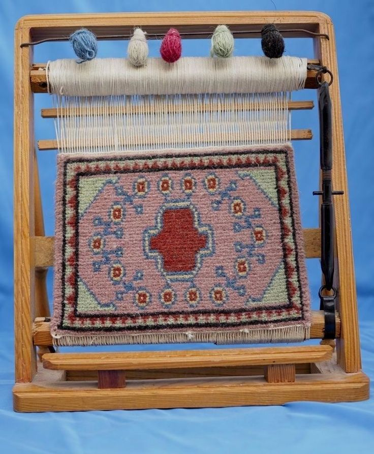 Plans For Rag Rug Loom: 25+ Unique Rug Loom Ideas On Pinterest