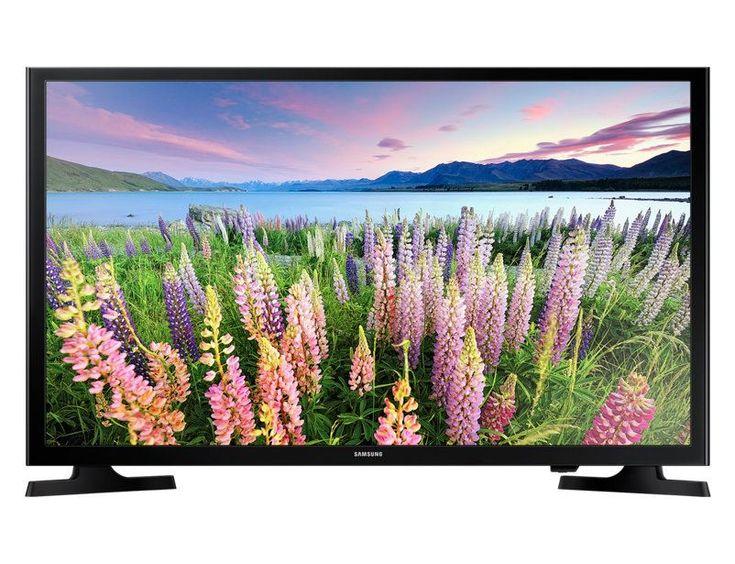Samsung UE48J5200  Description: Samsung UE48J5200: Voor een ongekende ervaring met Smart TV Met de Samsung UE48J5200 Smart TV kijk jij naar jouw favoriete film of televisieprogramma in Full HD. De apps op je televisie maken het onder andere mogelijk om dit via Netflix te doen of lees de krant bekijk jouw favoriete films op Youtube en boek jouw vliegticket met de Schiphol app. Jouw externe apparaten zijn eenvoudig aan te sluiten via USB of HDMI en het is mogelijk om jouw bestanden direct te…