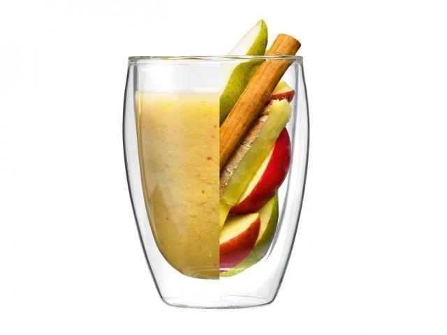 GUT-BOOSTING SPICY FRUIT PUNCH 2 red apples 2 pears ½ tsp nutmeg ½ tsp cinnamon ½ tsp ground ginger