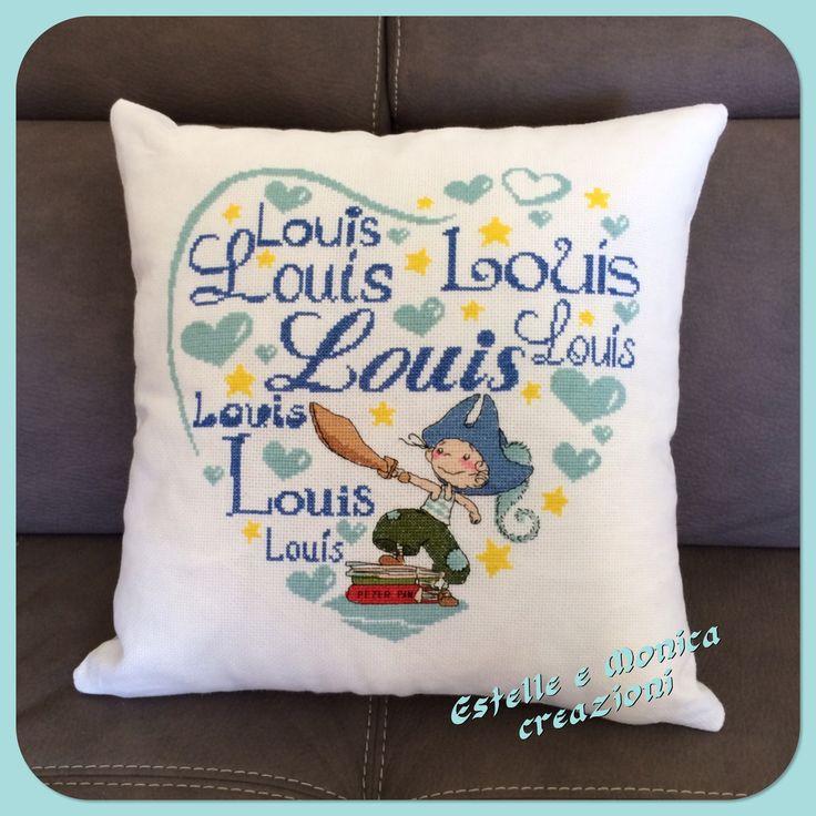 """Cuscino ricamato a punto croce """"Louis """""""