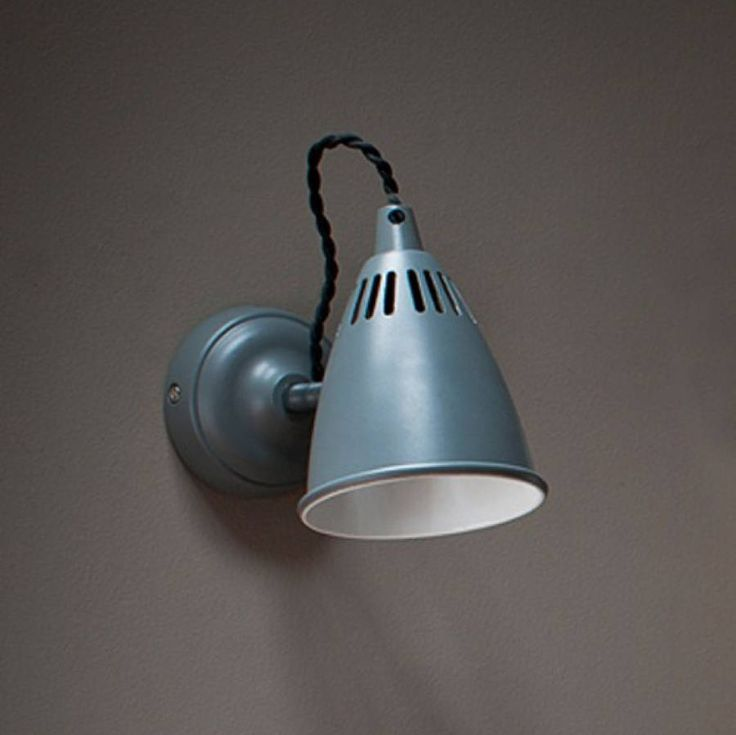 Are you interested in our Wall Light? With our Cavendish Wall Light you need look no further.
