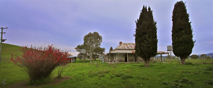 abandoned house in country Victoria