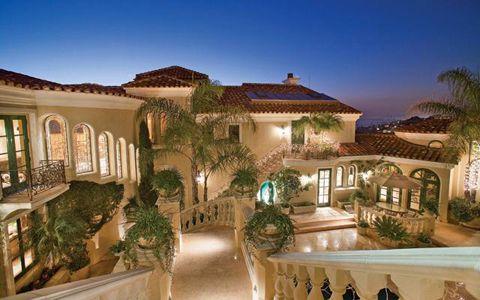 I like the Mediterranean style, especially the column railings.