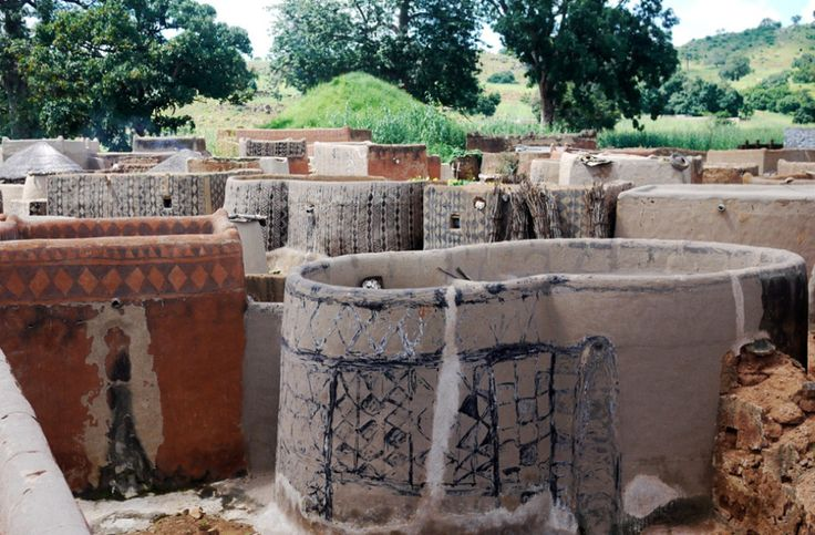 Burkina Faso, Kassema village. Mud, clay, earth and cow dung. All natural plaster and paint.