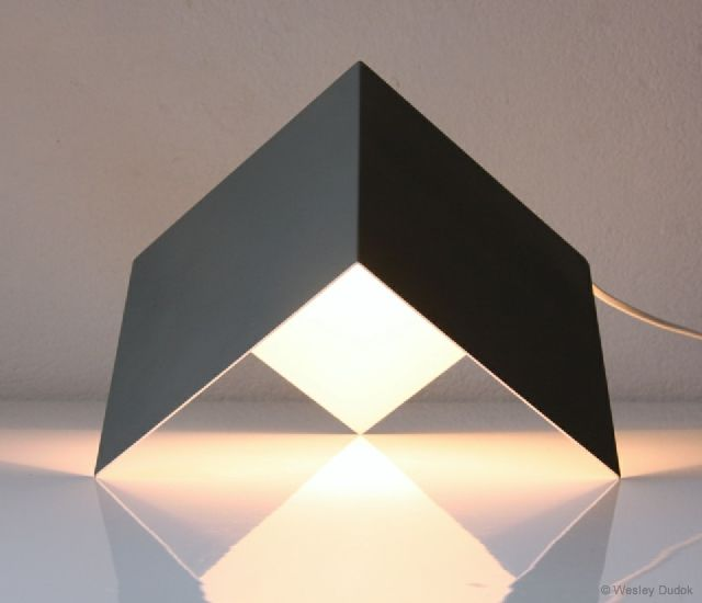 Light object lamp by Wesley Dudok