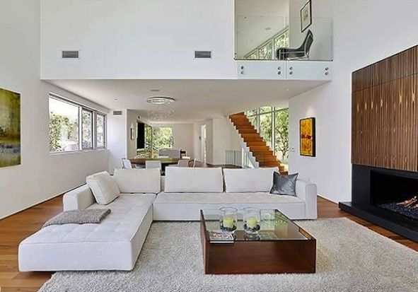 Hollywood hills inspirational interiors pinterest for Double height living room designs