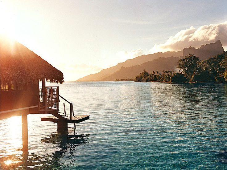 South Pacific Island Finder: A Guide to Bora Bora, Tahiti, Moorea, Fiji, Rarotonga, Tonga, American Samoa and Vanuatu : Condé Nast Traveler