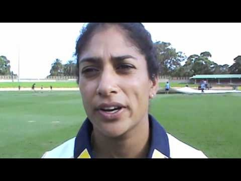 I had a chat to Lisa and asked her about how she got in to playing cricket and the changes she's seen in the women's game over the last 10 years.