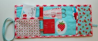 Travel Sewing Kit//older girl shoebox: Needle Case, Gifts Jars, Darling Inside, Fun Projects, Fun Resources, Crafts Kits, Patchwork Sewing Kits, Sewing Tutorials, Travel Sewing
