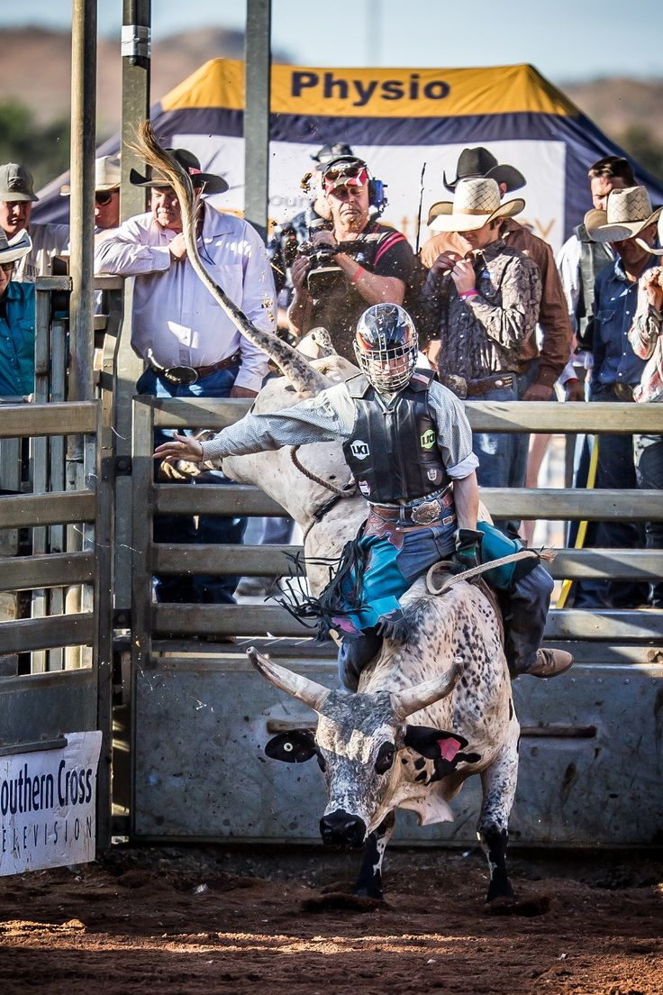 Be a brave cowboy or cowgirl and put fear aside at the inaugural Mt Isa Rodeo School at Mt Isa http://blog.queensland.com/2014/08/15/rodeo-school-gallery/ #thisisqueensland