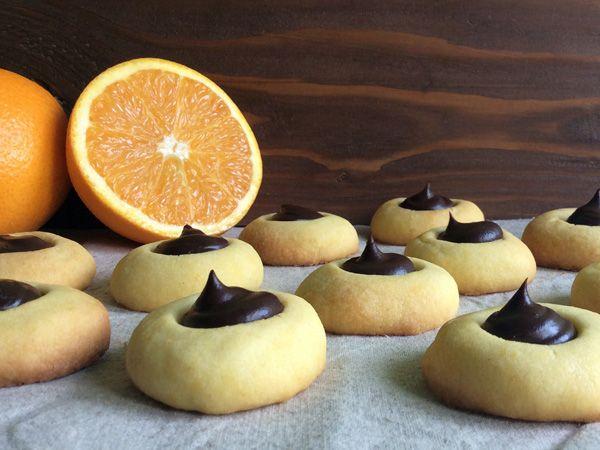 Orange ovis mollis