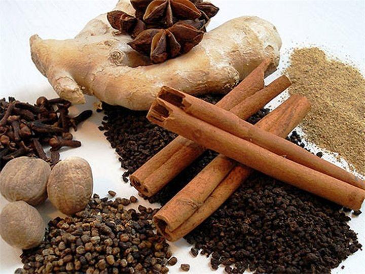 Масала -чай с Индийского континента Буквально масала чай переводится как чай со специями. Масала является одним из традиционных напитков Индии, но как и у многих национальных блюд, наверное любого н...