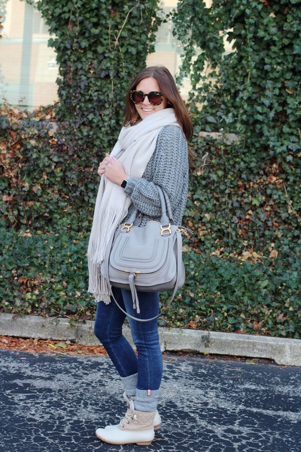 jillgg's good life (for less) | a west michigan style blog: my everyday style: grey scale! #winteroutfit #cozyscarf #freepeople #sperrysaltwater #chloe #greysweater