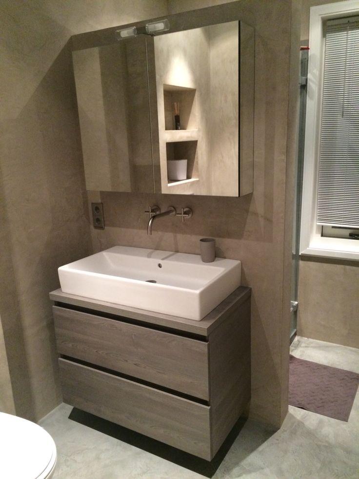 Bathroom in Heemstede, walls from luxury- walls.com (beal mortex). Taps from Dornbracht