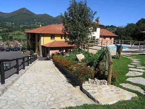 Hotel & Spa Villa de Mestas - 3 Star #Hotel - $63 - #Hotels #Spain #MestasdeCon http://www.justigo.tv/hotels/spain/mestas-de-con/villa-de-mestas_10946.html