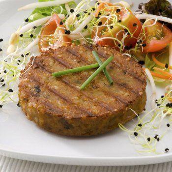 Hamburguesas de lentejas. Una receta ideal para los niños que no comen legumbres y apta para las familias vegetarianas. Una receta fácil y sencilla de elaborar para la comida o la cena de los niños.