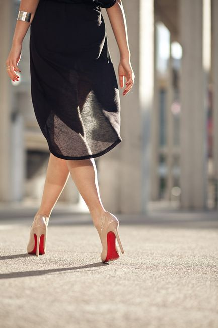 Nude Christian Louboutin's. Classic...Nude Shoes, Fashion, Style, Red Sole, Heels, Christian Louboutin, Louboutin Shoes, Red Bottom, Dreams Closets