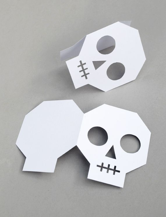 simplified skull design