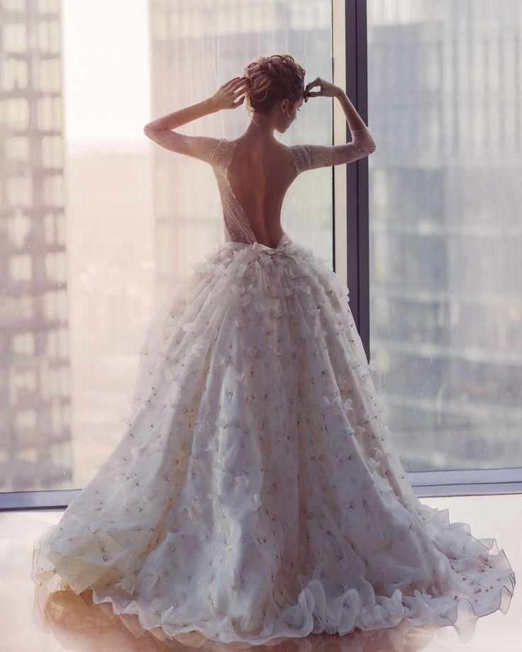 Wedding Gowns Calgary: Kate's Official #wedding #gown Modelled By Nataly Osmann