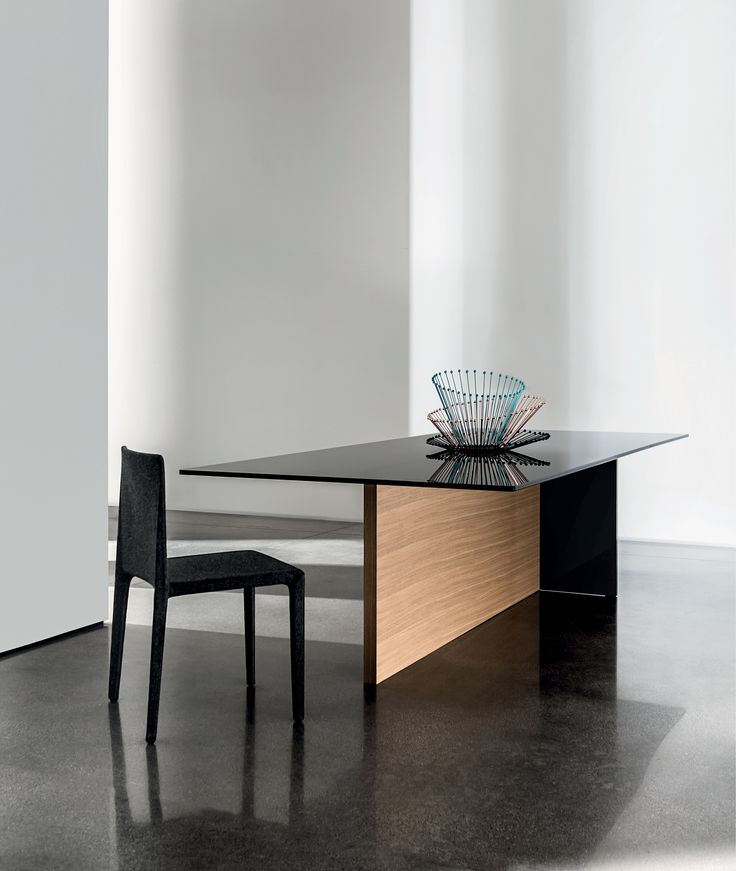 Regolo dining table designed by Lievore Altherr Molina  The various combinations of materials, create infinite uses and setting possibilities. A simple concept from which arises a complete collection of tables for the most varied environments and situations.  #design #madeinitaly #interiors #table #architecture #archilovers #designlovers