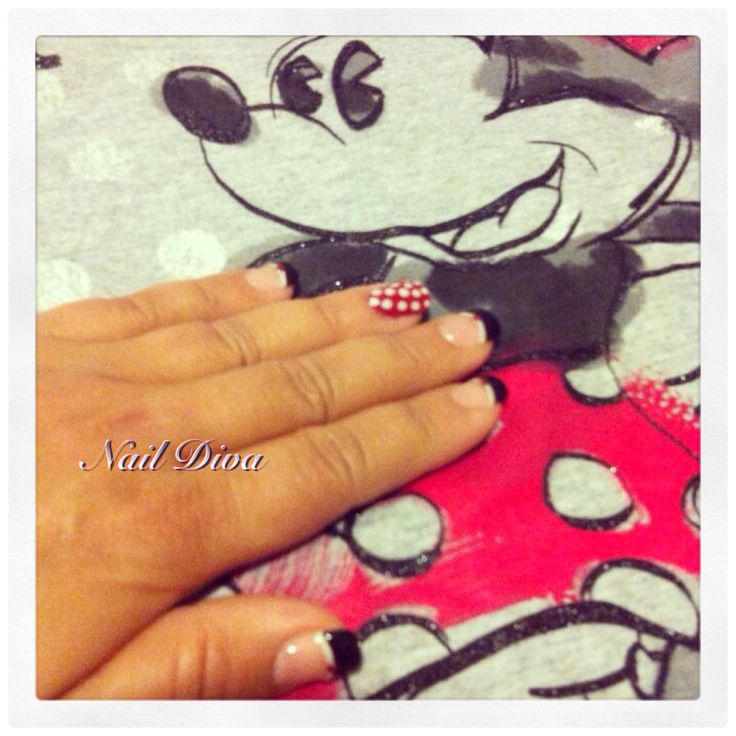 Luxio Minnie Mouse nails