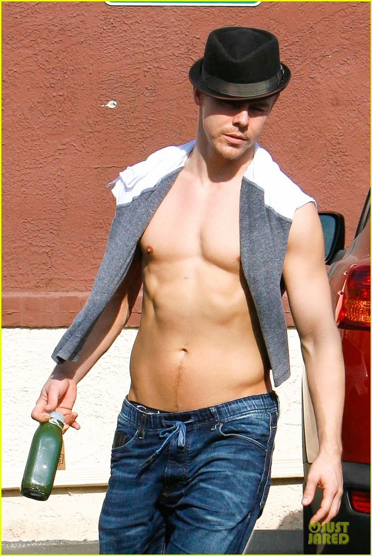 derek hough shirtless body reason why you should dance 02
