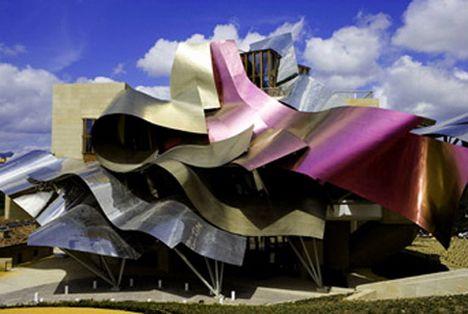 Frank Gehry, Bodegas Marques de Riscal, La Rioja, España*