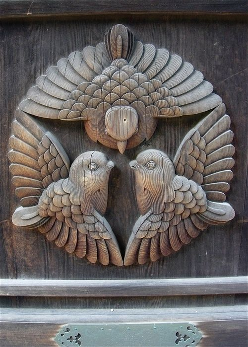 The Vintaquarian | a piece of vintage salvage? I LOVE these carved birds!!