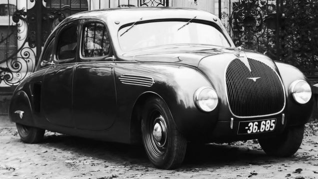 1935 Skoda Typ 935 Prototype; it was Europe's first 4-door sedan with a streamlined body that ditched traditional running boards and motorcycle-like front and rear wings.