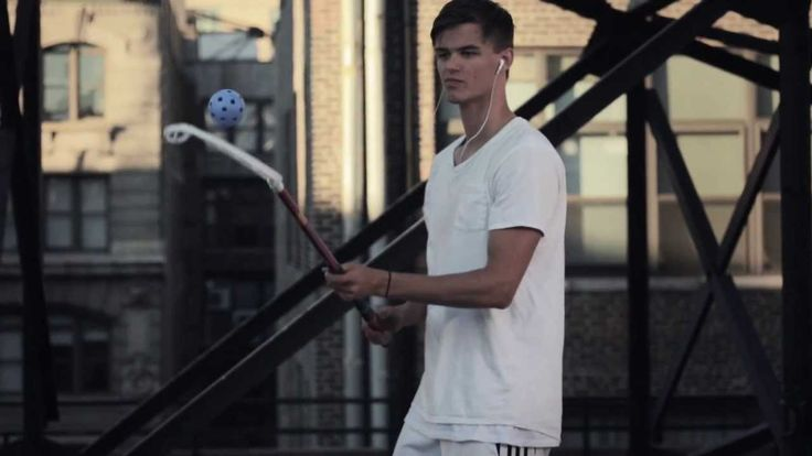 Zorro Floorball Freestyle Video on a Rooftop in Manhattan