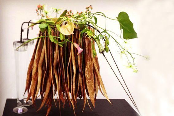 bart-hassam-floral-desig_yau-flori-invata-1.jpg (567×378)