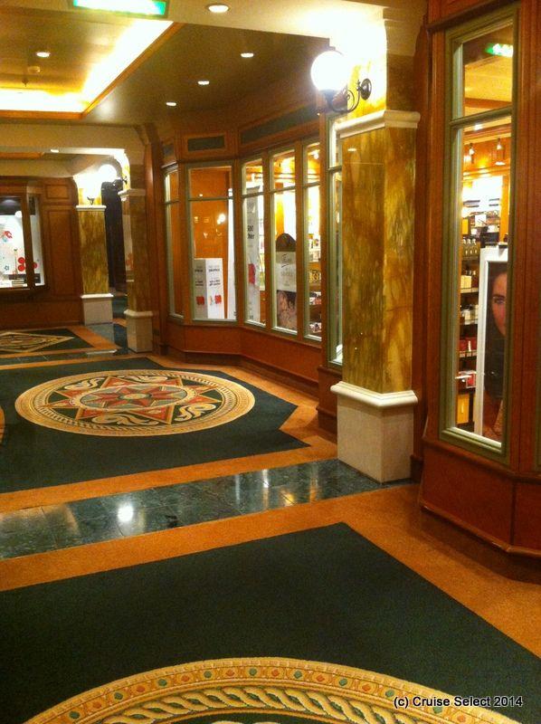Cunard - Shops - Aboard Queen Victoria