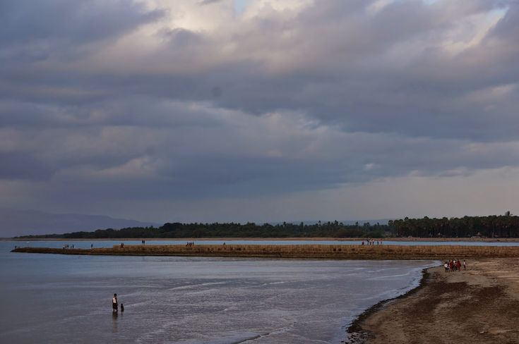 Pantai Batu Nona Kupang Surganya Pecinta Fotografi di Nusa Tenggara Timur - Nusa Tenggara Timur