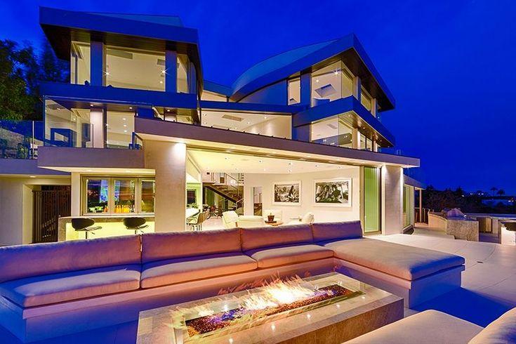 Особняк в Беверли-Хиллз за 19,000,000$