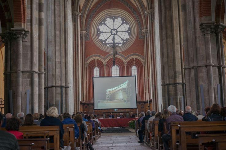 """""""Spirito e materia"""" - Abbazia di Sant'Andrea di Vercelli, l'arch. Mario Botta parla del suo progetto: la cattedrale di Evry in Francia"""