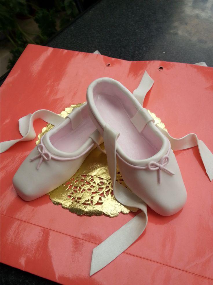 Zapatillas de ballet- Adorno para torta- Porcelana fria