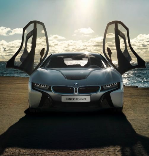 Is this the sexiest #Hybrid ever!? #BMW I8 Design And Performance explained In stunning new videos. Click to view....