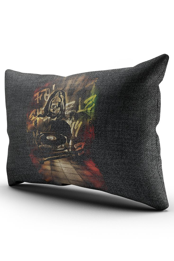 A decorative throw pillow with graphic theme of Peter Sagan. Whether you are a fan of his, or a fan of cobbled classics and cycling generally, this piece of dekor will certainly style your home. Prints with sharp image and colours.
