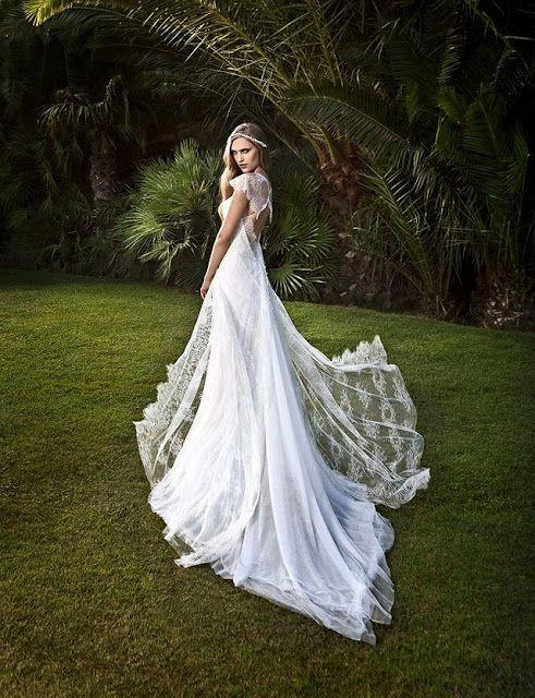NEW POST ON MY BLOG.! #wedding #summer2014   http://wengemoda.blogspot.com/2013/12/victoria-kyriakides-2014-gelinlikleri.html