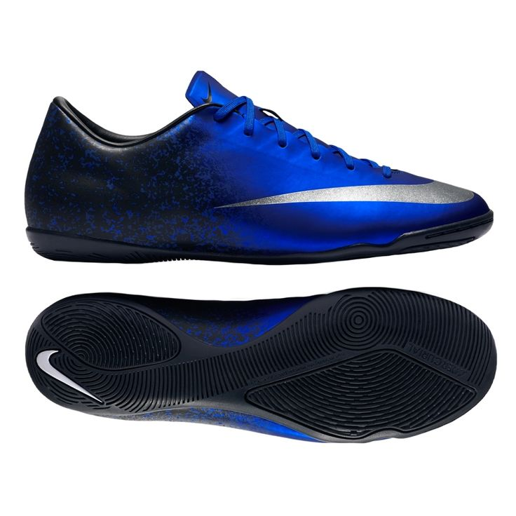 ... Diamonds are known for their hard texture and sharp cutting edges. The CR7  Mercurial Victory Yükle (736x736) · Football Nike ... b17c2f027ef1c