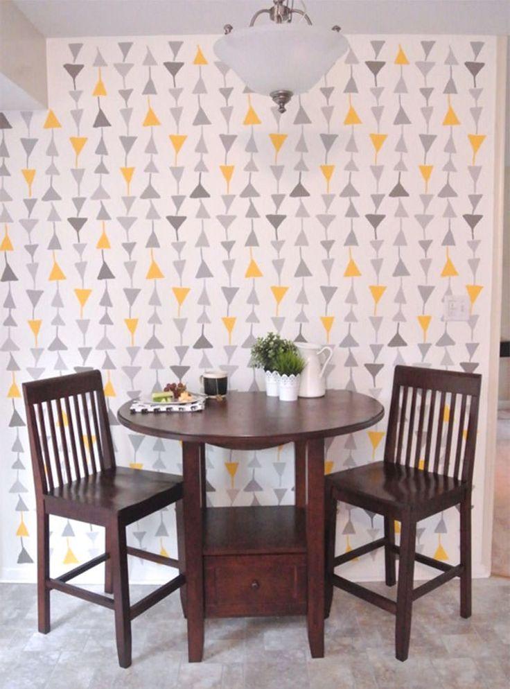 """STENCIL - """" A responsável por esse DIY (faça você mesmo) é uma designer chamada Anna Joyce. Ela dá a dica: é preferível que o acabamento da tinta da parede debaixo seja fosco, pois assim a tinta acrílica será mas bem absorvida e as chances de você borrar sua parede diminuem bastante.  Veja Mais em: www.limaonagua.com.br"""