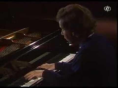 András Schiff - Bach - Capriccio B-dur - Part 1