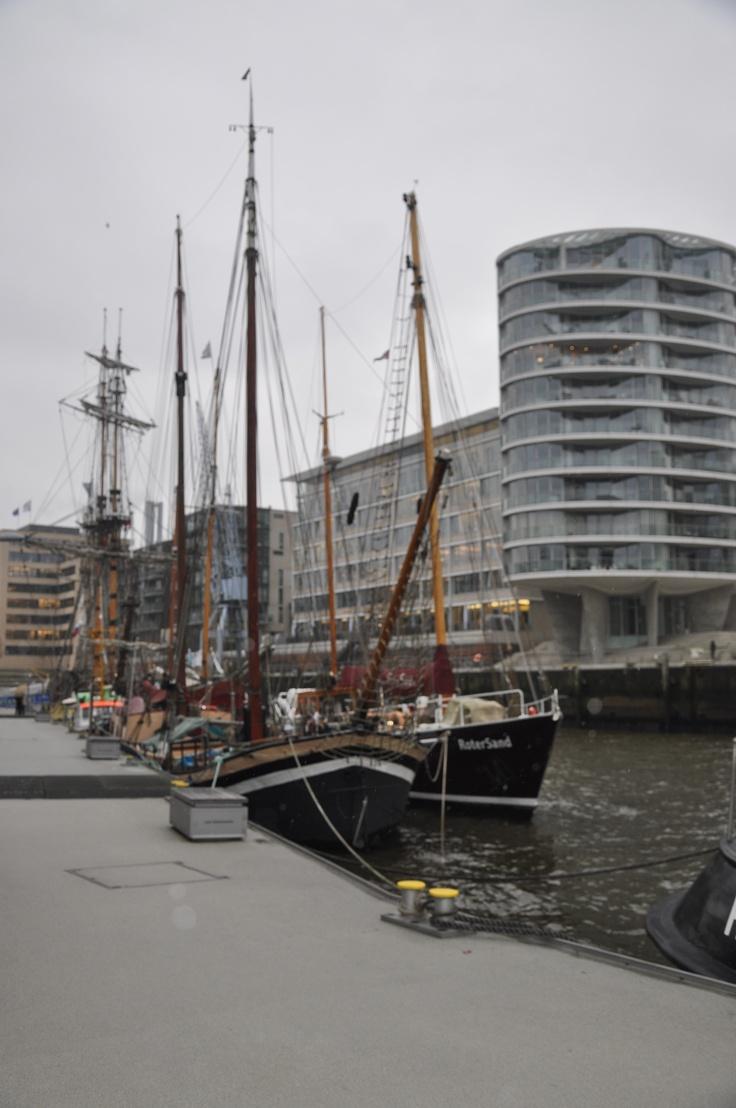 """Traditionsshiffhafen Hamburg  auf das """"Alles rund um Hamburg""""-Board gepinned von der Werbeagentur www.BlickeDeeler.de"""