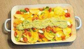Nacho's uit de oven; een recept om te delen. Lekker bij de borrel op een zomerse dag of een film op de bank. Vegetarisch, glutenvrij en vooral erg lekker.