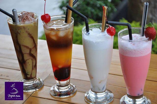 Deretan Minuman Segar dari Jepun View Resto. For Information call at 085-736-383-736