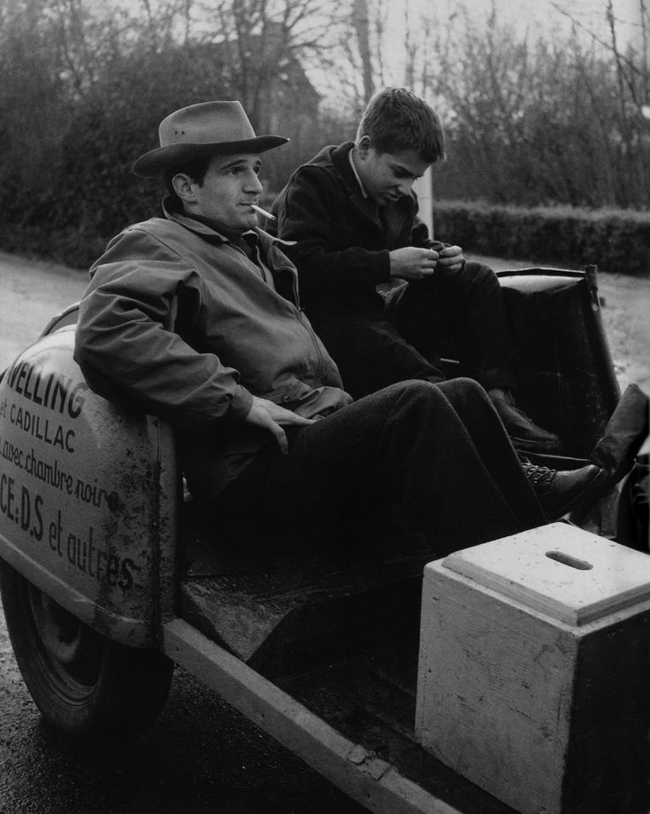 François Truffaut and Jean-Pierre Léaud was taken while shooting THE 400 BLOWS