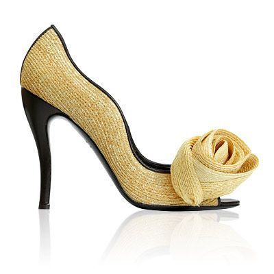 069ecf8327dd Roger Vivier Nouvelle Vague Pumps  4