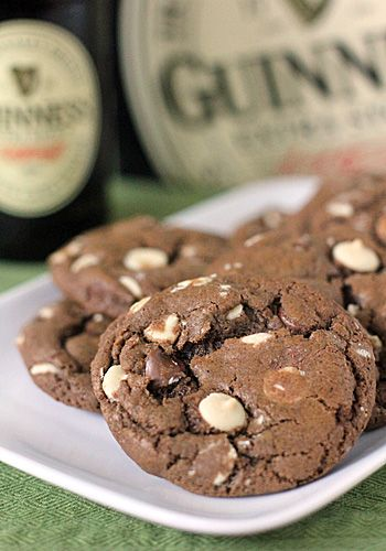 Triple Chocolate Guinness Cookies: Galley Gourmet, Chocolates Guinness, Cookies Desserts, Things Food, Chocolates Cookies, Baking, Triple Chocolates, Guinness Cookies, Food Drinks