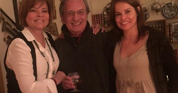 27 de dezembro de 2015: Carlos Cruz celebra Natal com ex-mulheres (DN) Com: Marta Cruz, Raquel Rocheta e Carlos Cruz